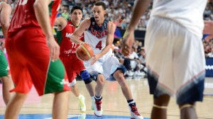 USA's Stephen Curry drives against Mexico's national team. Garrett Ellwood / NBAE