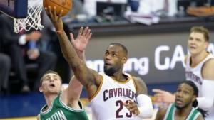 Cavaliers+Celtics-1