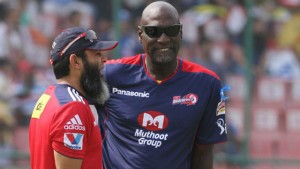 Sir Vivian Richards (right) is seen here with Pakistan's former cricketer Mushtaq Ahmed during the IPL.