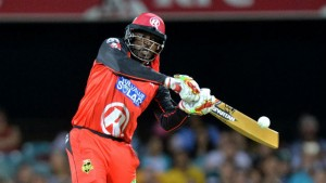 hris Gayle slams one of his seven sixes on his way to equalling the fastest ever half-century in Twento20s.