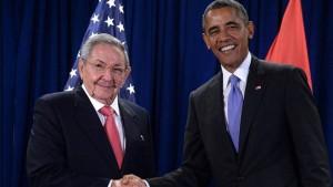 Barrack Obama+Raul Castro-1
