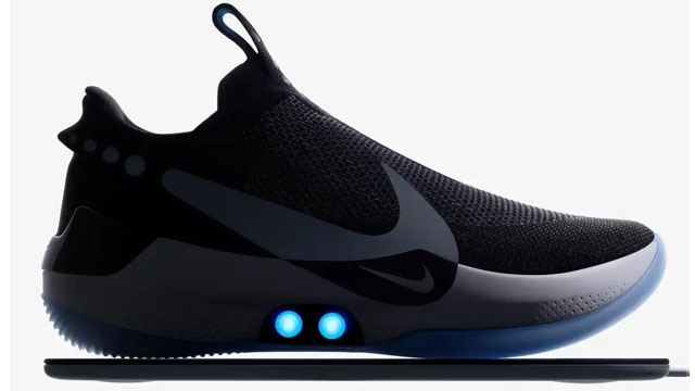 NIKE Unveils Self-Lacing Shoes Which Can Be Controlled with A Smartphone b22ffc2ed11
