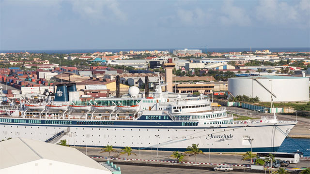 df28114ed87c Cruise ship in St. Lucia quarantined over confirmed measles case